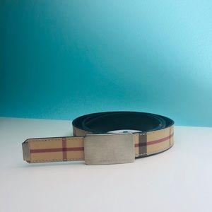Burberry Nova Check belt 85 or size med